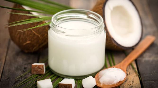 Amazing Benefits of Coconut Oil for Acne | The Wonder Cure for Acne