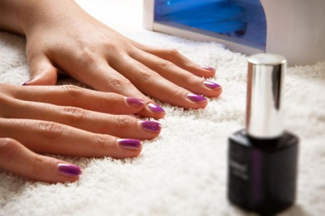 7 Best Ways: How to Dry Nail Polish Fast