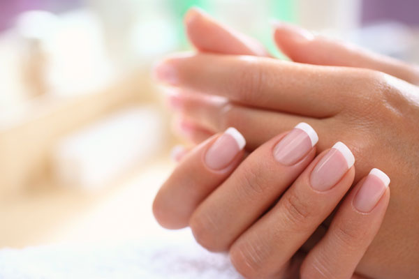 DIY Guide to do French Manicure at Home | DIY French Manicure