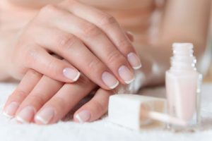 How to do a French Manicure on Short Nails
