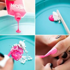 Make Matt Nail Polish with Cornstarch